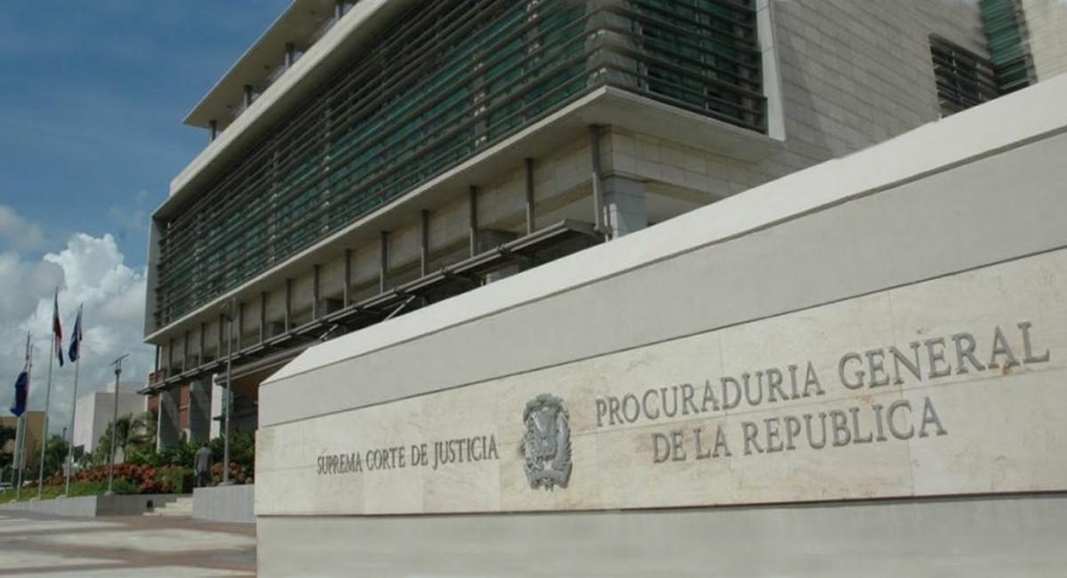 """Vuelven a aplazar inicio del juicio a quienes lanzaron """"ácido del diablo"""" a Yocairi Amarante"""